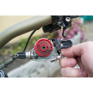 Ремонт велосипеда: Как проверить и заменить трос переключения